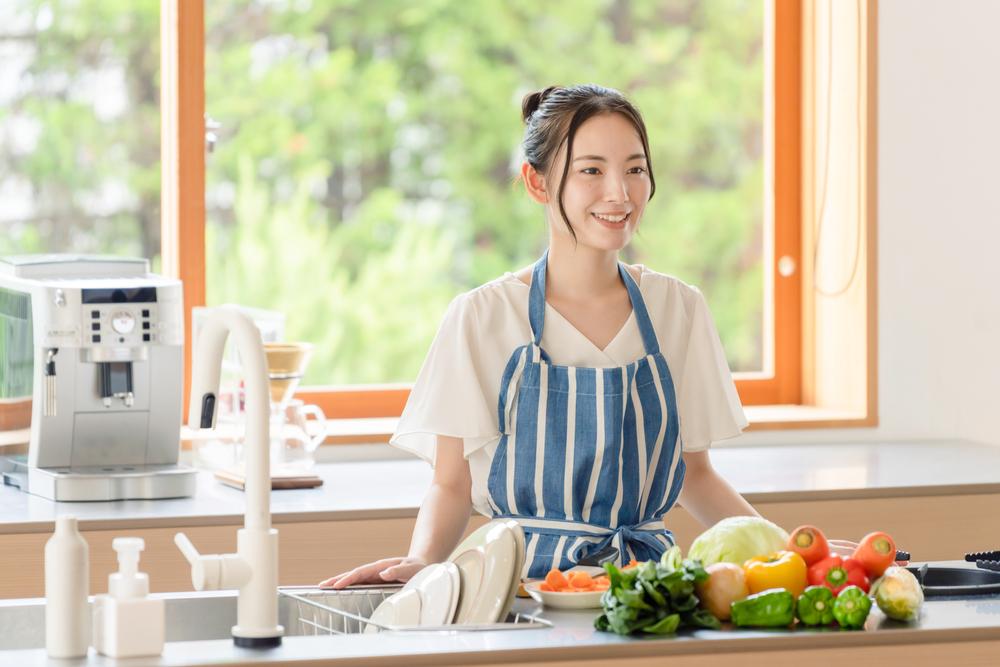 """<span class=""""title"""">料理をもっと楽しく!アイランドキッチンにリノベーションするメリット</span>"""